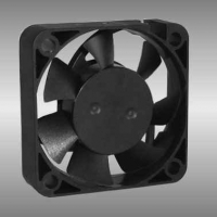 AGE04010 40 x 10mm Axial DC Fan